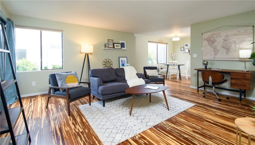 10106 Greenwood Avenue N #202, Seattle, WA 98133