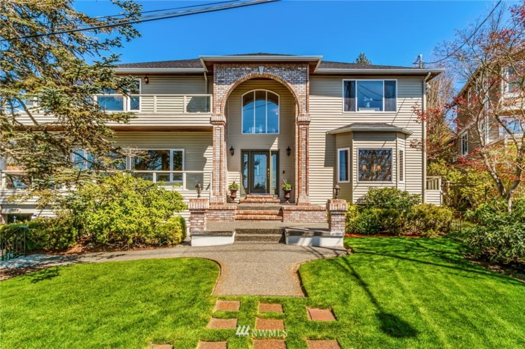 10110 Marine View Drive SW, Seattle, WA 98146