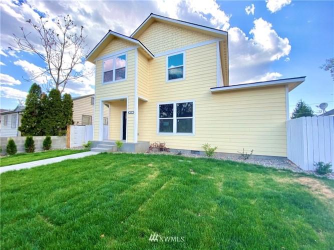 810 S 4th Avenue, Yakima, WA 98907