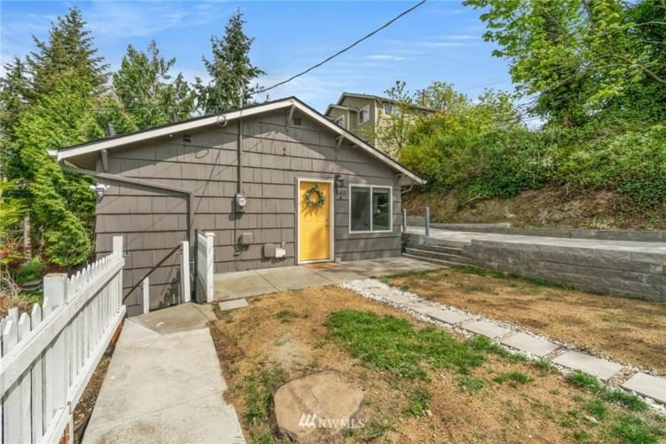 840 SW Holden Street, Seattle, WA 98106