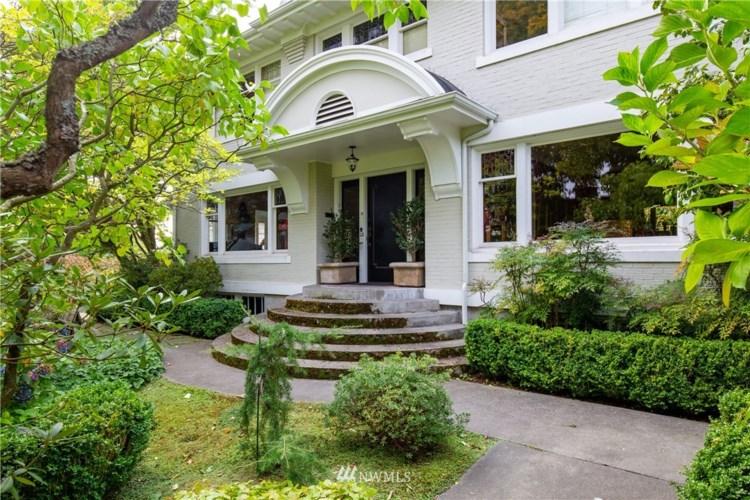 304 W Highland Drive, Seattle, WA 98119