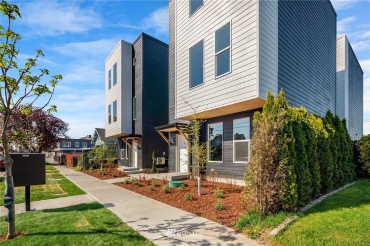 3616 E McKinley Avenue, Tacoma, WA 98404