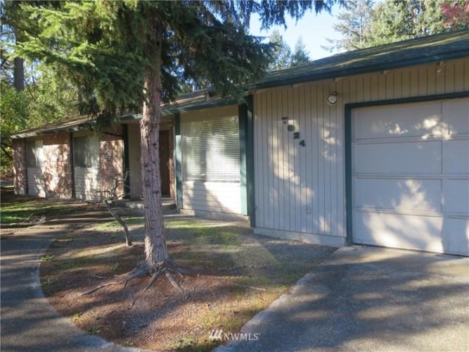 7024 92nd Avenue Ct SW, Lakewood, WA 98498