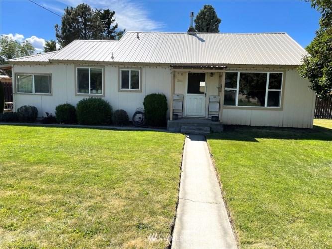 301 N Spokane Street, Kittitas, WA 98934