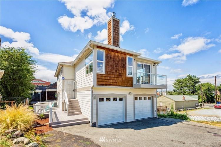 9265 Ithaca Place S, Seattle, WA 98118