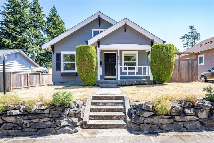 1009 N Washington Street, Tacoma, WA 98406