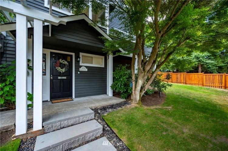 4578 36th Avenue W, Seattle, WA 98199