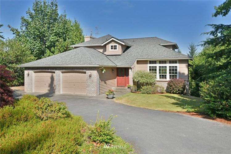 20667 Mainland View Lane NE, Suquamish, WA 98392