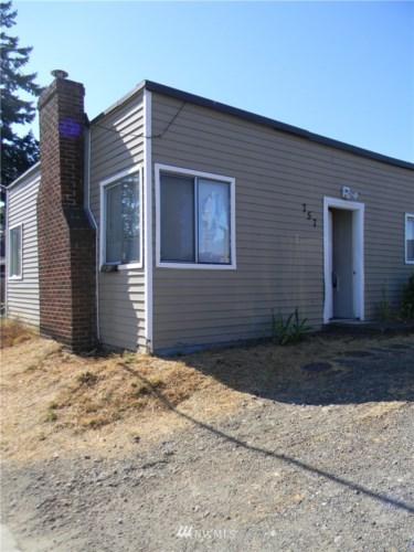 757 112th Street S, Tacoma, WA 98444