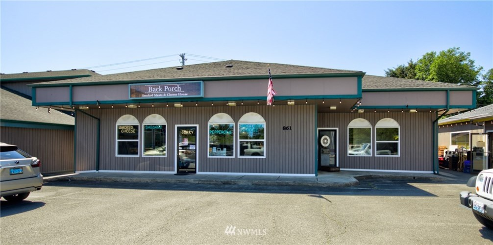 861 Point Brown Avenue NW, Ocean Shores, WA 98569