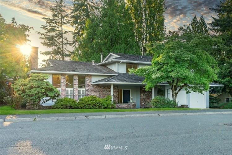 2001 186th Avenue NE, Redmond, WA 98052