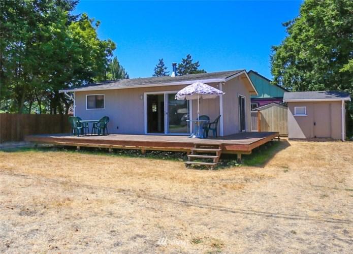 7685 Pine Drive, Blaine, WA 98230