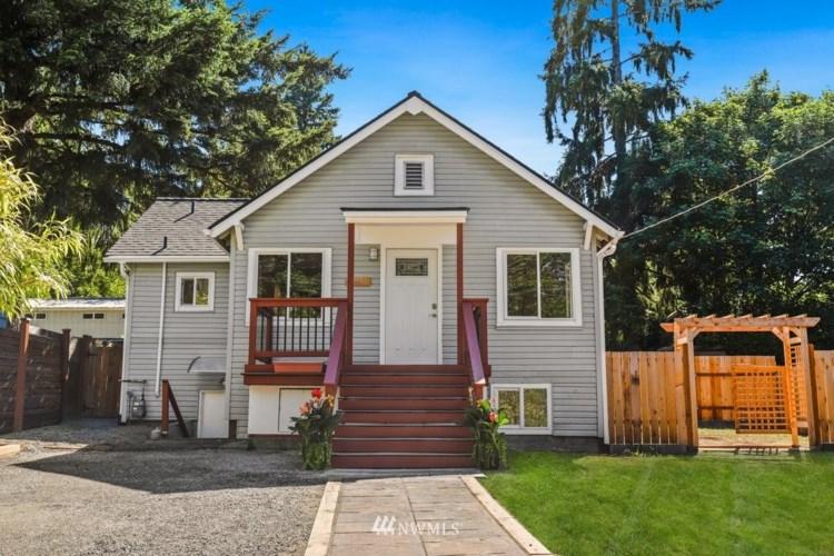 14340 35th Avenue NE, Seattle, WA 98125