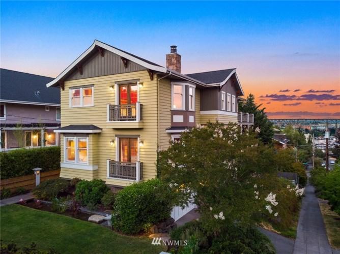 3702 Meridian Avenue N, Seattle, WA 98103