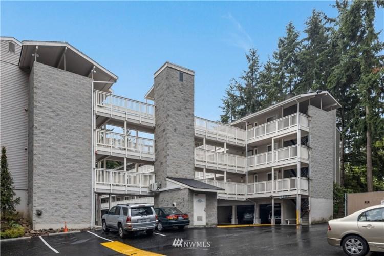 14547 NE 40th Street #J304, Bellevue, WA 98007