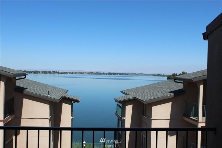 2900 W Marina Dr #301, Moses Lake, WA 98837