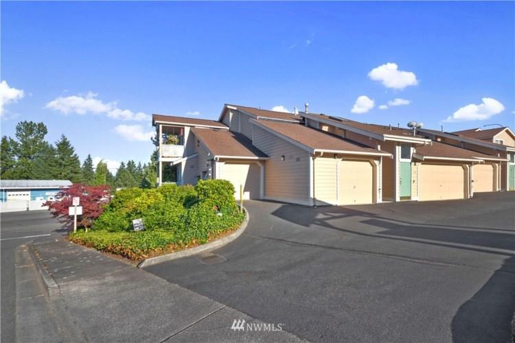 8216 Spokane Drive #101, Everett, WA 98203
