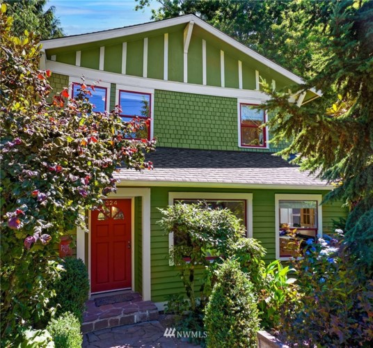 324 31st Avenue E, Seattle, WA 98112