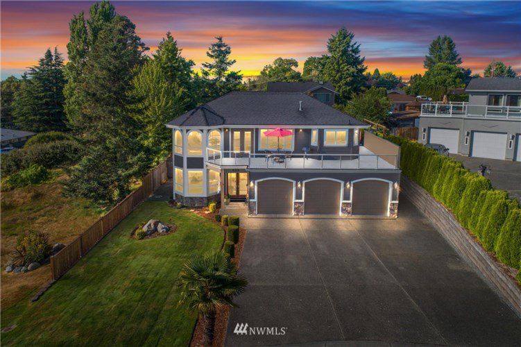 3133 Meeker Avenue NE, Tacoma, WA 98422
