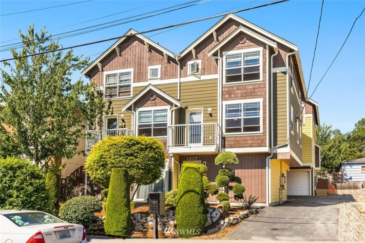 4507 Woodland Park Avenue N #B, Seattle, WA 98103