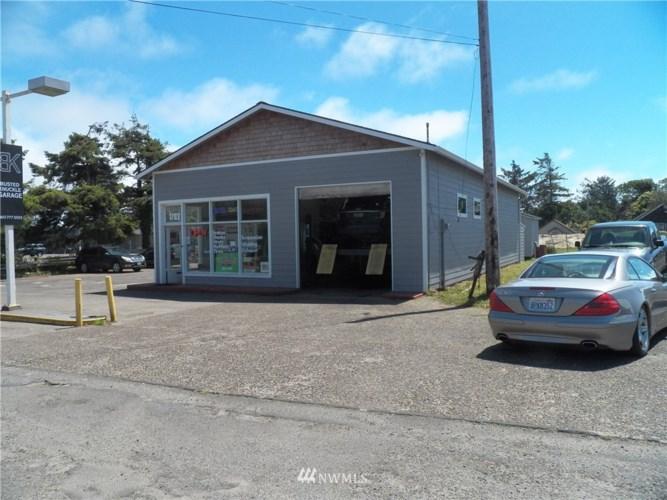 1702 Bay Avenue, Ocean Park, WA 98640