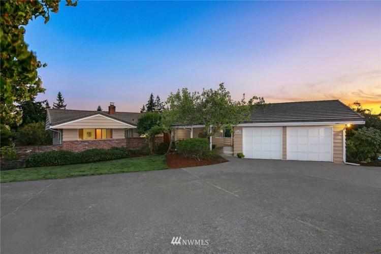 9603 Evergreen Drive, Bellevue, WA 98004