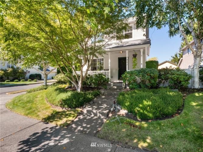 1492 Bobs Hollow Lane, Dupont, WA 98327