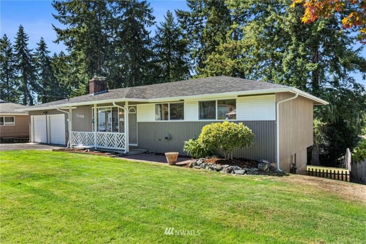 11108 Kirkwood Drive SW, Lakewood, WA 98498