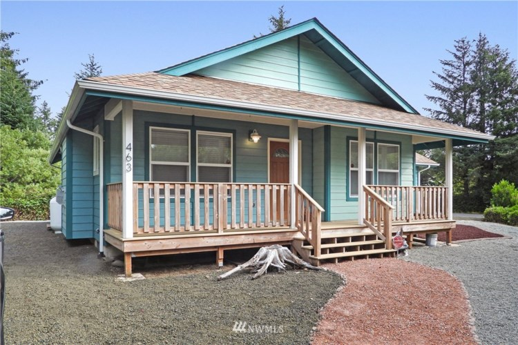 463 Sextans Avenue SW, Ocean Shores, WA 98569