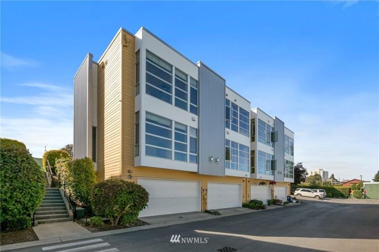 2346 Yakima Court, Tacoma, WA 98405