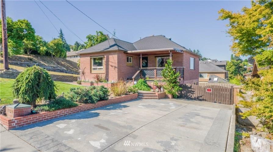 3320 Kromer Ave, Everett, WA 98201
