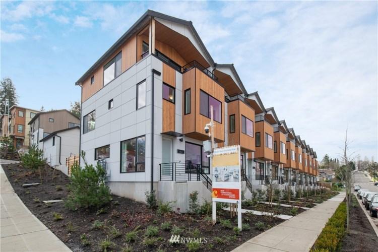 3821 S Cloverdale Street, Seattle, WA 98118