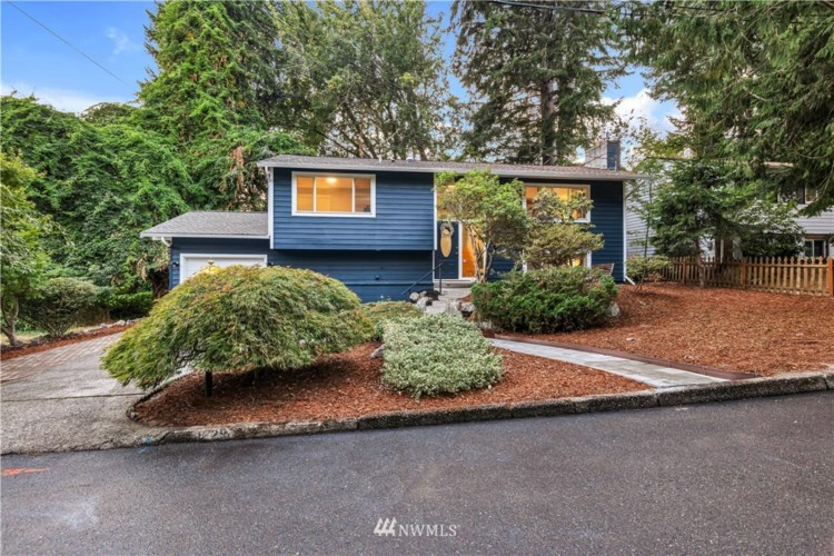 1229 158th Avenue SE, Bellevue, WA 98008