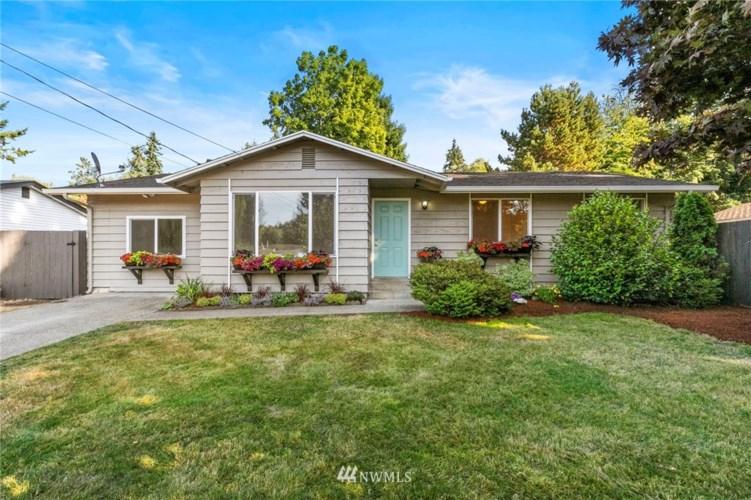 27008 Woodside Road, Kingston, WA 98346