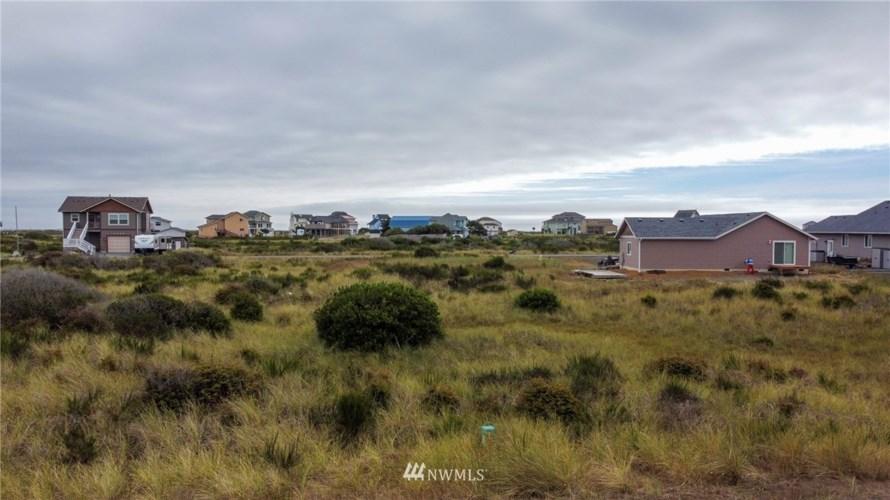 443 S Portal Loop SW #98569, Ocean Shores, WA 98569