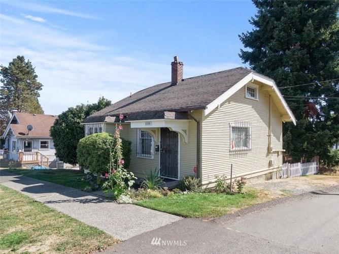 1108 S 43rd Street, Tacoma, WA 98418