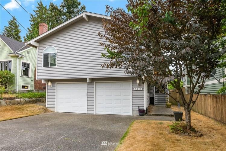 3717 SW Webster Street, Seattle, WA 98126