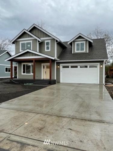 821 Pine Crest Drive, Everson, WA 98247