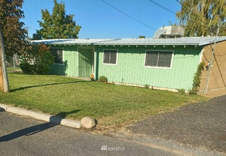 404 Daley Drive, Moses Lake, WA 98837