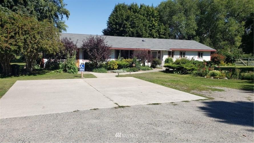 39 Clarkson Mill Road, Tonasket, WA 98855