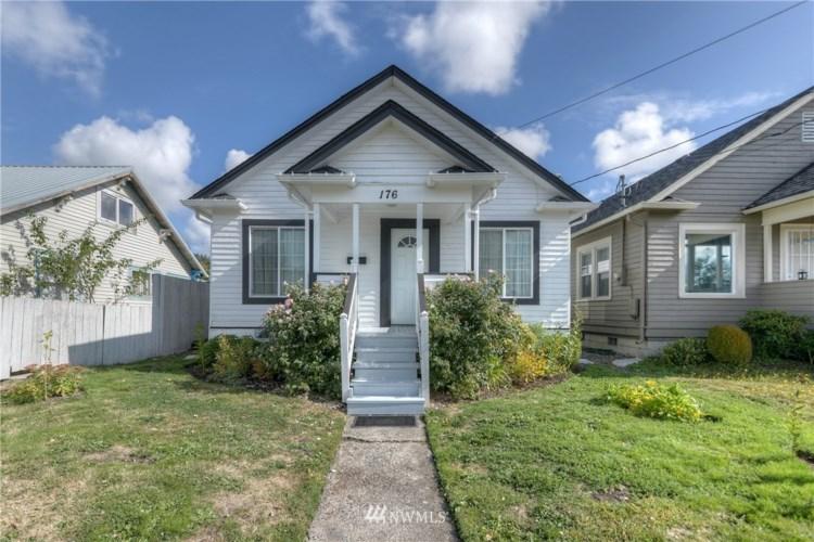 176 SW Cascade Avenue, Chehalis, WA 98532