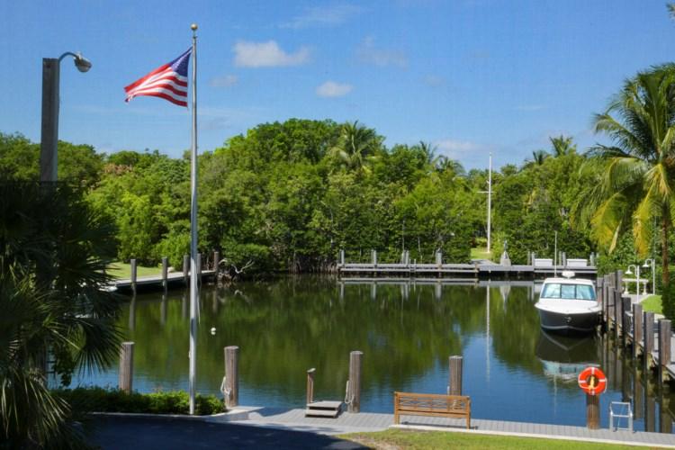 10 Cannon Point, Key Largo, FL 33037