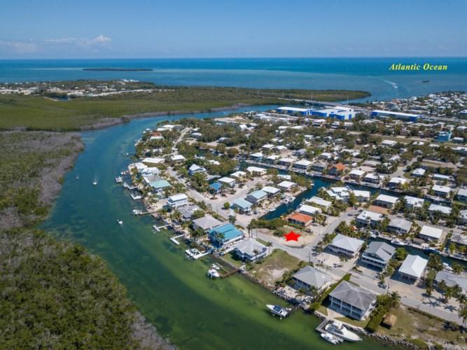 Harbor Ln & Kahiki Dr, Plantation Key, FL 33070