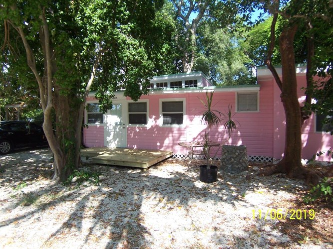105 Tree Lane, Key Largo, FL 33070