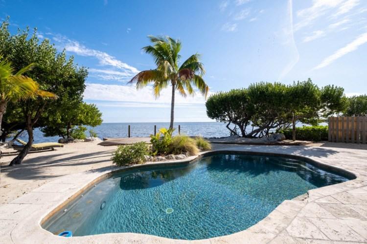 803 Bonito Lane, Key Largo, FL 33037