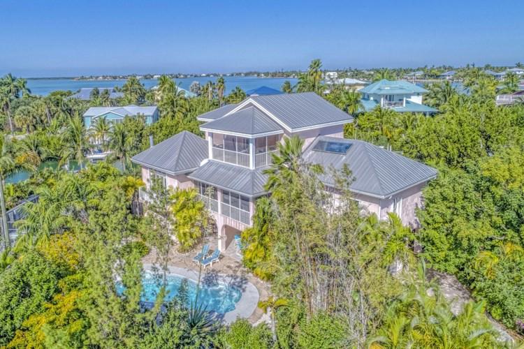 17033 W Coral Drive, Sugarloaf Key, FL 33042