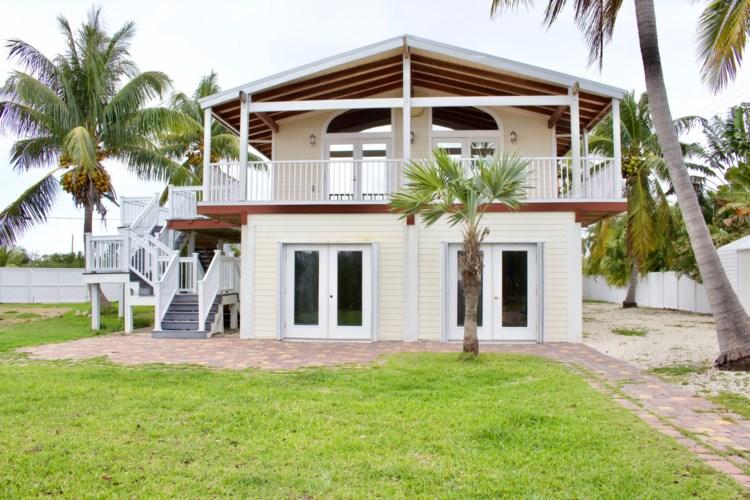 69 Horvath Road, Big Pine Key, FL 33043