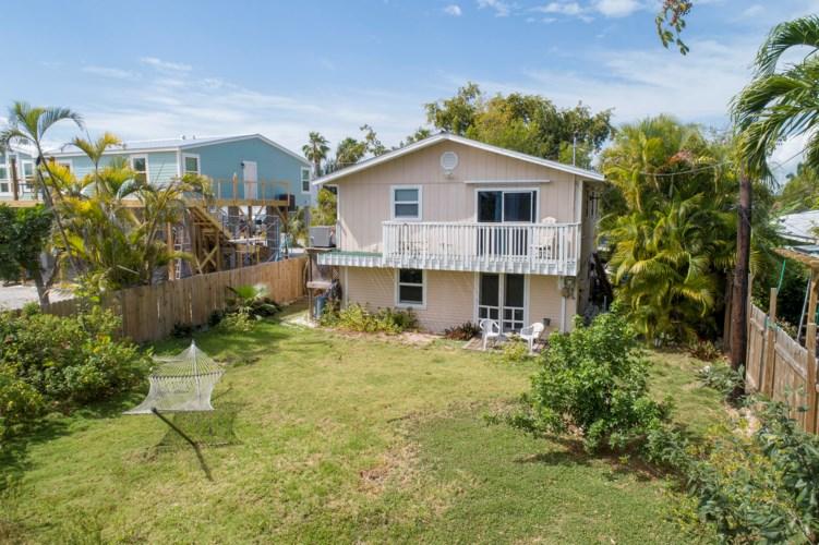 233 Palmetto Avenue, Big Pine Key, FL 33043