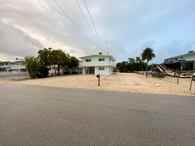204 La Paloma Road, Key Largo, FL 33037