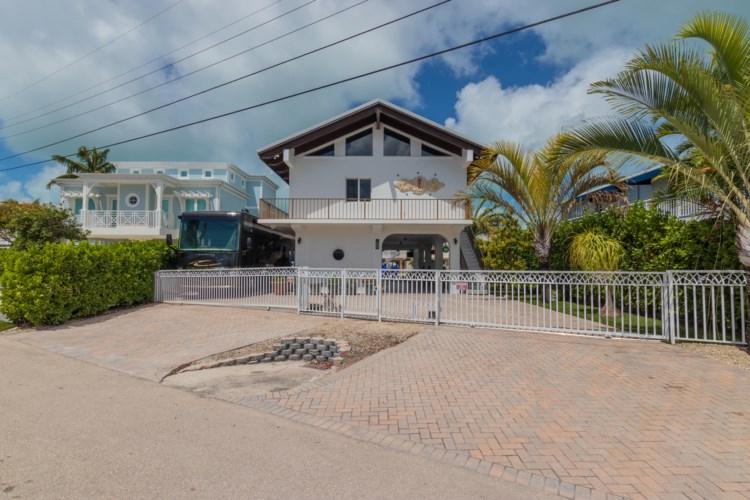 218 Aberdeen Court, Key Largo, FL 33070